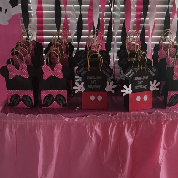 Qty 6 Goody Bags Birthday Celebration Girls Minnie Mouse