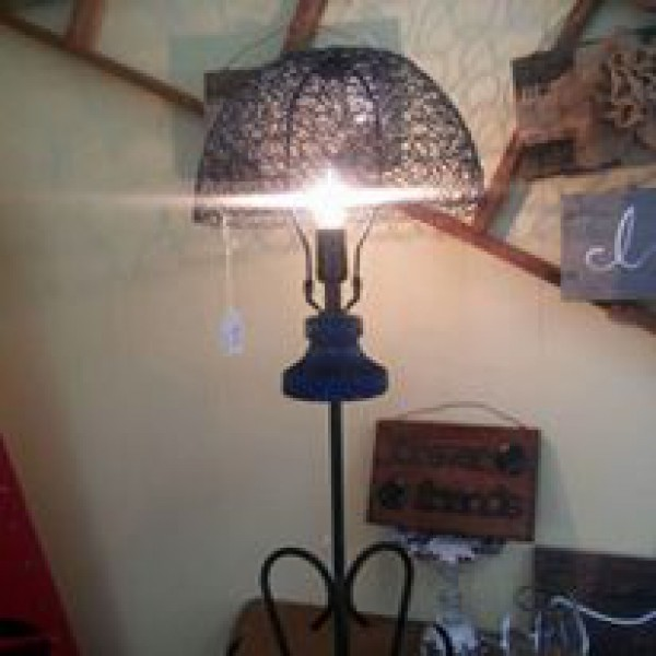 Blue basket lamp