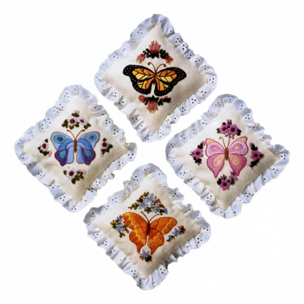 The Creative Circle Kit Wistful Butterflies Sachets