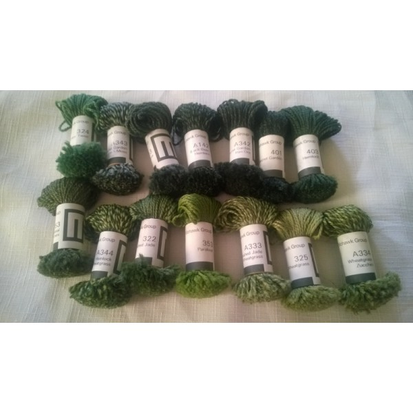 Mohawk Group Wool Yarn Sample Size (14) Mini-Skeins Natural Tones Greens Lot #6