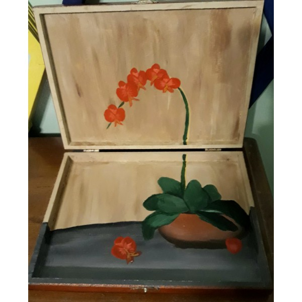 Red Orchid Reflection Box