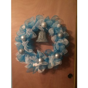 Blue/White Wreath