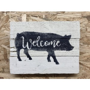 Welcome pig pallet sign, on the farm pallet art, pig wall hanging, pig farm kitchen decor