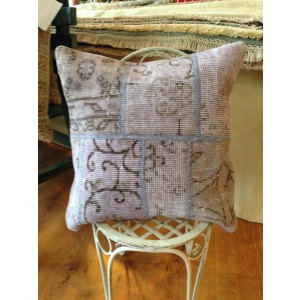 Hand knot patchwork lavendar pillows