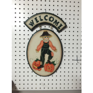 Welcome Scare Crow